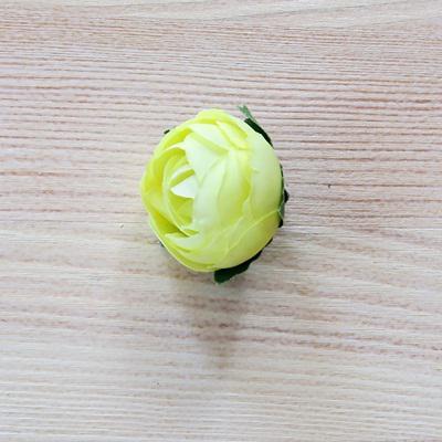 Begónai fej, sárga. Mérete: 3 cm