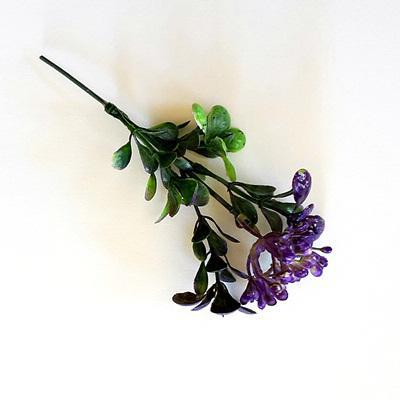 Bogyós bukszus, lila. Mérete: 12 cm (teljes hossza 16 cm)