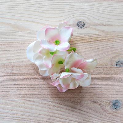 Cirmos rózsaszín hortenzia fej. Virág mérete: 5 cm, 9 virág/cs.