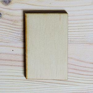 Fa tábla téglalap, mérete: 4,5x7 cm