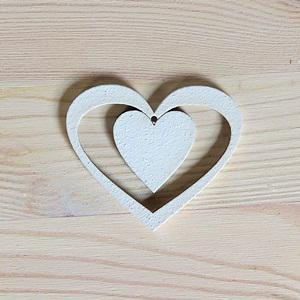 Fehér fa szívben szív, mérete: 5x6 cm