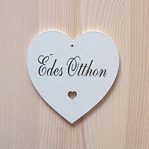 Fehér kiesős szív 'Édes Otthon' felirattal, mérete: 10x10 cm