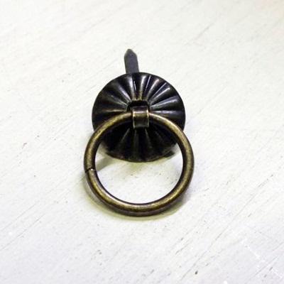 Fém fogantyú, mérete: 20x19 mm
