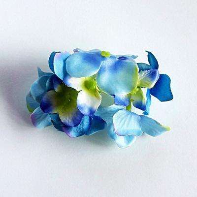 Kék hortenzia fej. Mérete:  6 cm