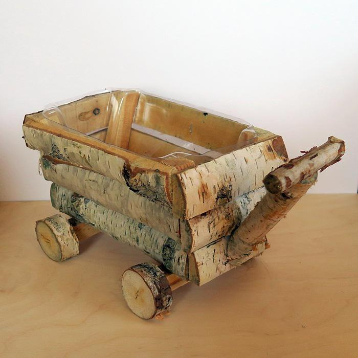 Nyírfa kocsi, mérete: 30x14x14 cm