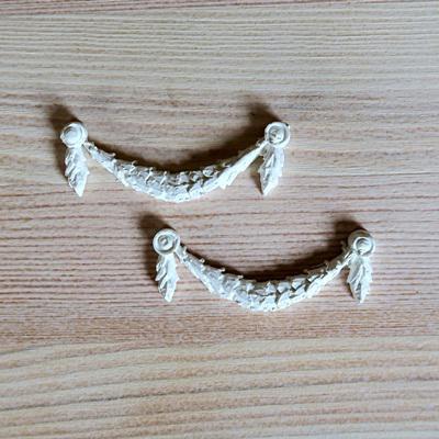 Ornamentika, 1 pár. Mérete: 6,1x2 cm
