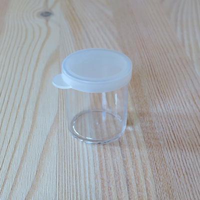 Pattintós tetejű műanyag tégely, 20 ml. Mérete: 30x38 mm