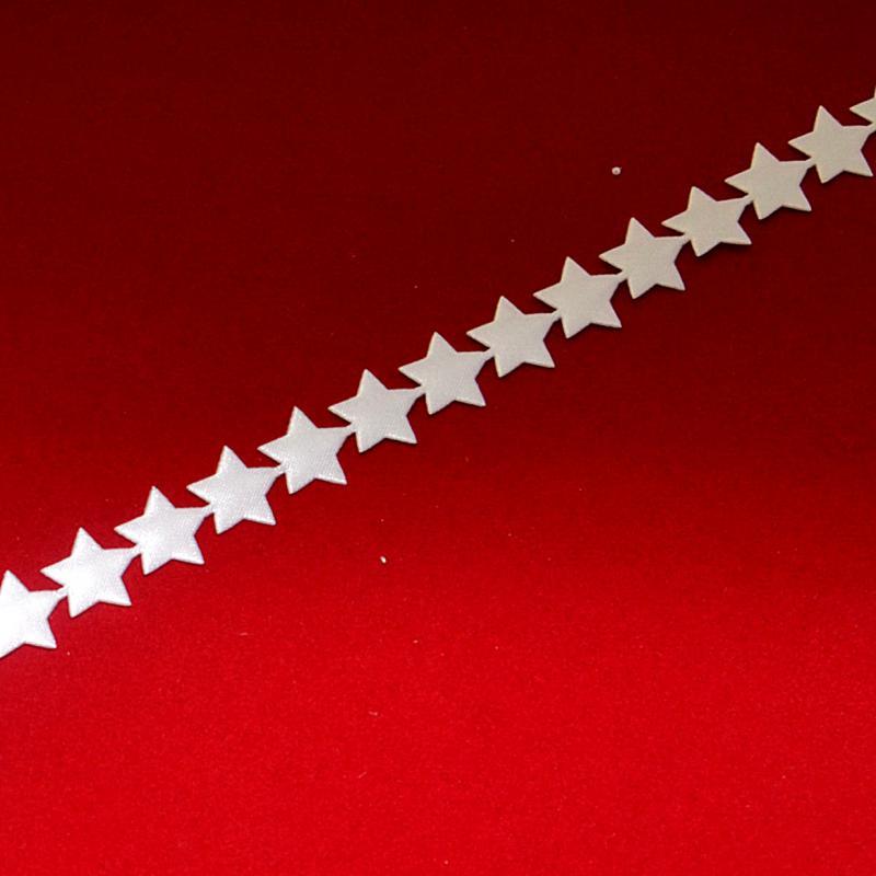 Szatén szalag csillag, szélessége: 1 cm. Az ár EGY méterre vonatkozik!