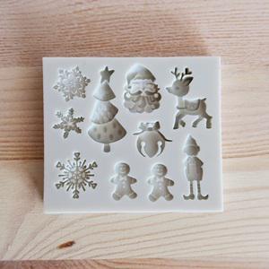 Szilikon formázó, karácsony. Mérete: 75x65 mm