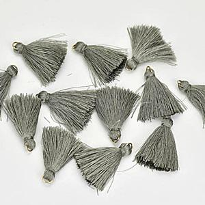 Textilbojt, ezüst. Mérete: 4,5 cm