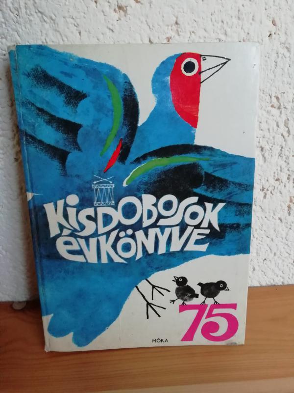 Kisdobosok évkönyve 1975