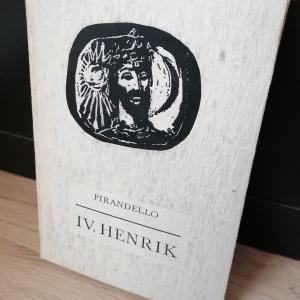 Pirandello: IV. Henrik