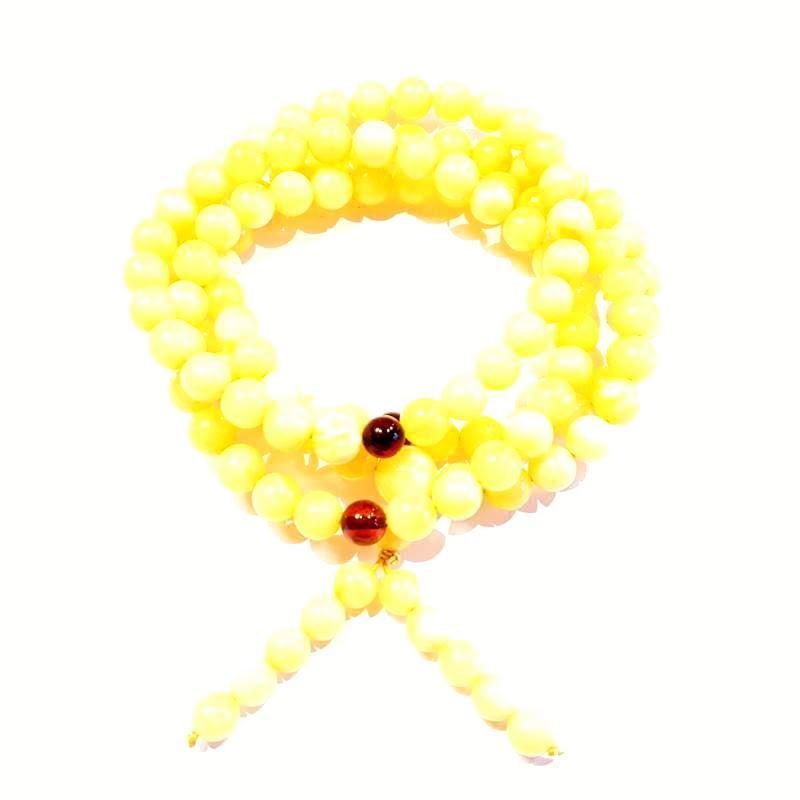 Borostyán mala 108 darab gyöngyből sárga opak 526.