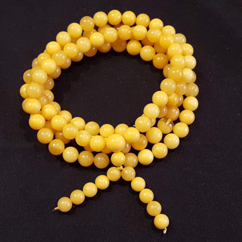 Borostyán mala férfi karkötő vagy nyakba hordható108 darab gyöngyből sárga opak 905
