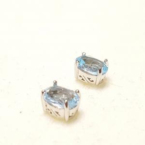 Ródiumozott ezüst fülbevaló stift kék topáz 224
