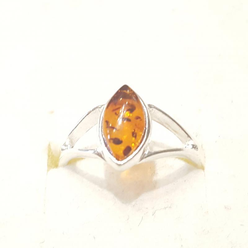 Ezüst gyűrű borostyán kővel lengyel Jubilex  319