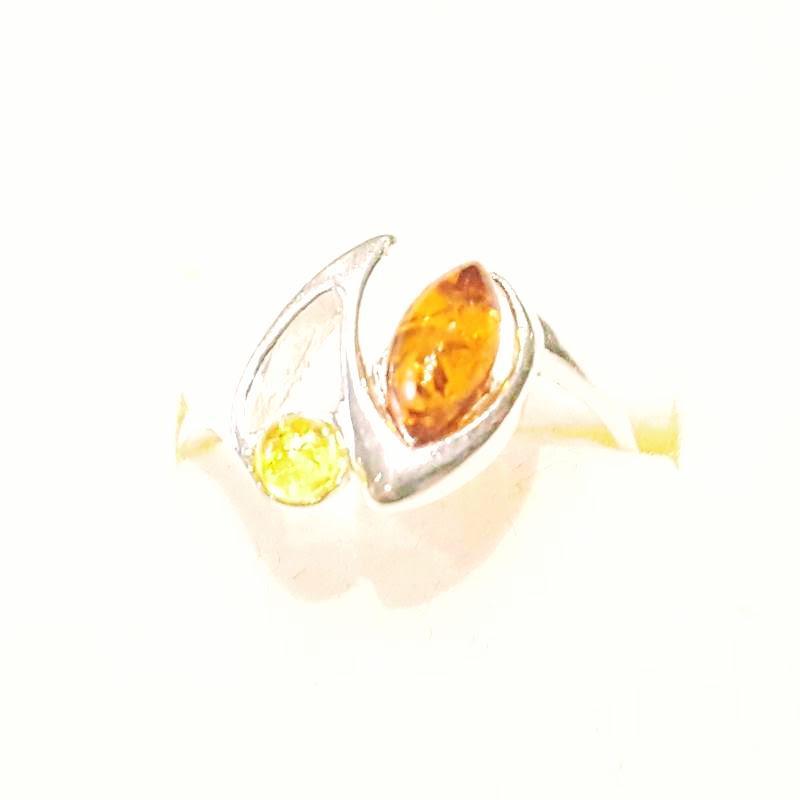 Ezüst gyűrű borostyán kővel lengyel Jubilex  329
