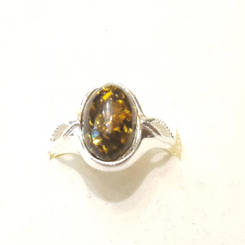 Ezüst gyűrű borostyán kővel zöld lengyel Jubilex  333