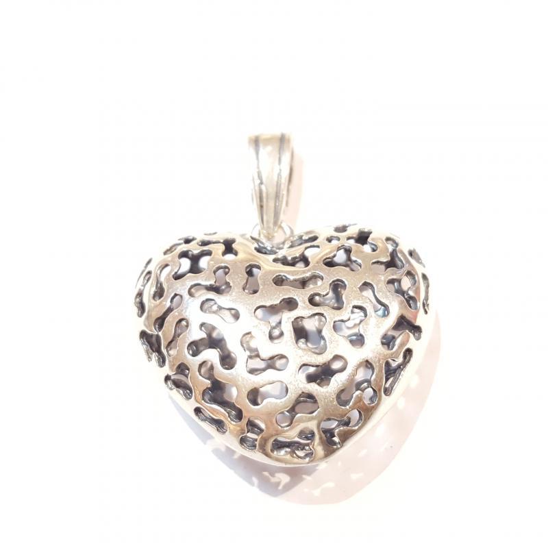 Ezüst szív medál 751