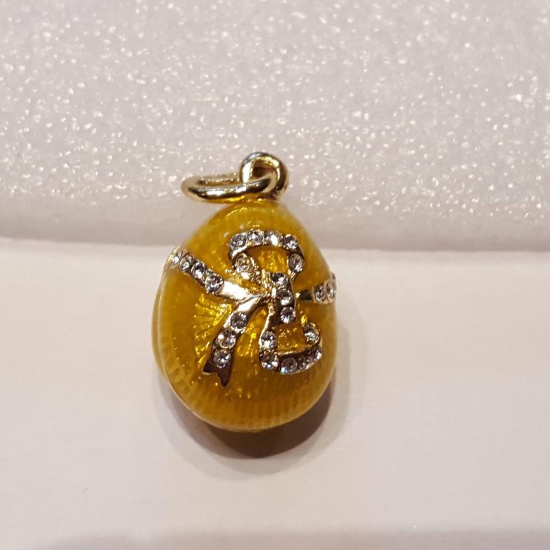 Fabergé-tojás medál 609