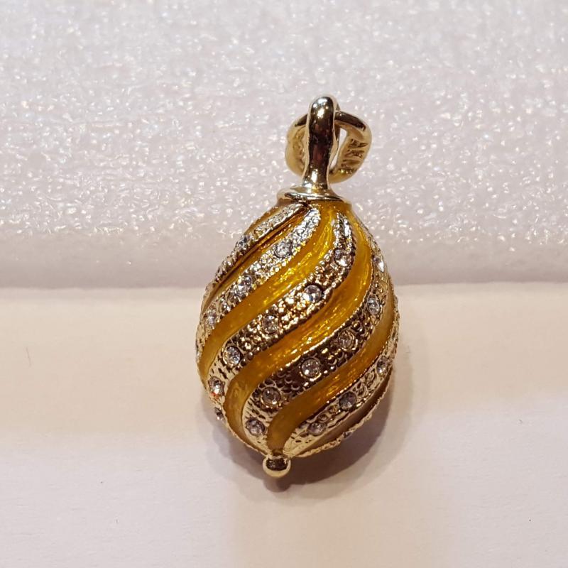 Fabergé-tojás medál 610