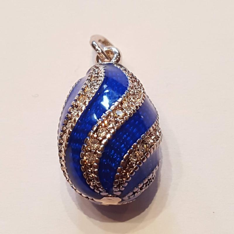 Fabergé-tojás medál 611