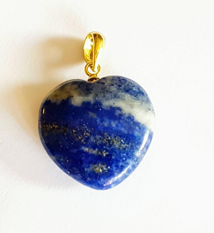 Lápisz lazuli medál szív aranyozott ezüst akasztóval 239