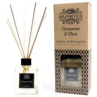 Fahéj és Szegfűszeg Aroma Diffúzor Bambuszpálcikákkal 200ml